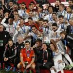 El Madrid estrena la insignia de Campeón del Mundo