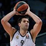 Reyes: «Parar ganar la final, hay que ser más duros que Olimpiacos»