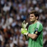 Alcácer: » Cualquier entrenador quiere tener a Casillas y De Gea en su equipo»