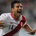 Pizarro reaparece en Valparaíso para lograr el triunfo peruano