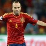 Iniesta no entra al trapo del Mundo Deportivo: » Saludaré a Mourinho»
