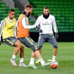 El Madrid completó su segunda sesión del día con nuevos ejercicios con balón