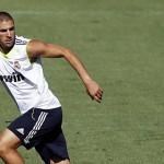 Metro miente: » Florentino inquieto por la posible salida de Benzema»