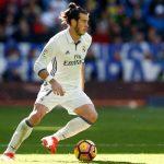 Bale cumpliría el año que le resta de contrato con el Real Madrid y después se retiraría