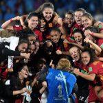¡¡¡CAMPEONAS DEL MUNDO!!!, la rojita sub 17, la rojita de Pina, Eva Navarro y Cata Coll abren el cielo mundial par el fútbol español.
