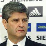 El expresidente del Real Madrid, Fernando Martín, en estado grave por coronavirus