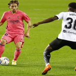CRÓNICA: VAL-RMA. Goleada del Valencia (4-1) para irse al parón de la peor manera posible
