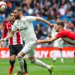 Benzema cumple 33 años y doce temporadas en el Real Madrid.