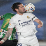 CRÓNICA: RMA-BET. La falta de pegada aleja al Real Madrid de la Liga